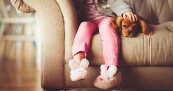 Ako prítomnosť psa v rodine pozitívne ovplyvňuje vývoj dieťaťa?